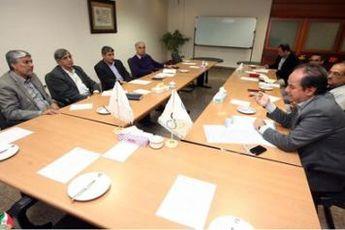 نخستین نشست کمیته علمی در مرکز نظارت بر تیم های ملی برگزار شد