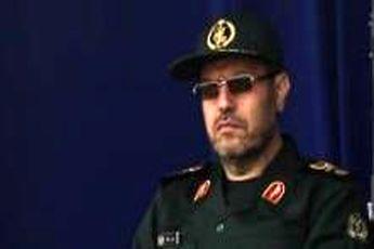 موشکهای ایران تحت هیچ شرایطی قابل مذاکره نیست / مداخله هیچکس را نمی پذیریم