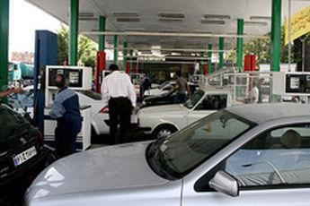 تکذیب واردات بنزین چینی