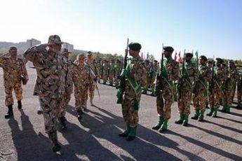 صبحگاه نیروی زمینی ارتش با حضور امیر پوردستان برگزار شد