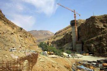 قطعه یک آزادراه تهران - شمال ۳۰ ماه دیگر به بهره برداری می رسد
