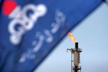 غیبت غول های جهان در نمایشگاه نفت تهران / صف چینی ها برای فروش کالاهای نفتی