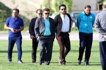 شهریاری: قلعه نویی تشخیص می دهد چه کسی دستیارش شود