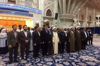شرکت کنندگان مسابقات قرآن به مقام امام راحل ادای احترام کردند