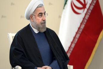 کیهان : روحانی می خواهد ایران را واتیکان کند