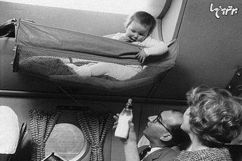 نوزادان در سفر با هواپیما در گذشته / عکس