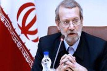 نشست لاریجانی با کارکنان زن مجلس / بیان مشکلات و پاسخ های رئیس مجلس
