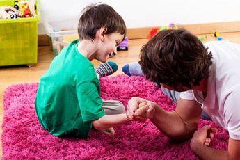 چگونه کودک خود را با مفهوم برد و باخت آشنا کنیم؟