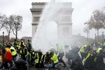 درخواست پلیس پاریس از ارتش برای کمک