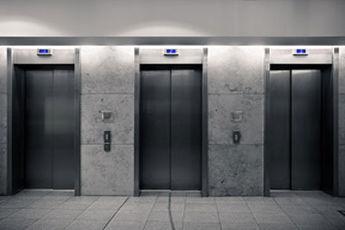 """افزایش 3 برابری محبوس شدگان در """"آسانسور"""" در پی قطعی برق"""