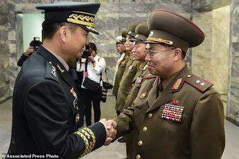 نظامیان 2 کره پای میز مذاکره رفتند