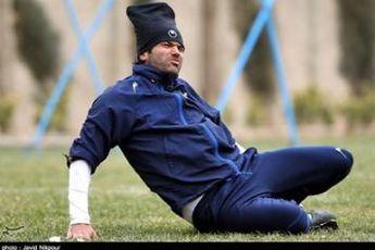 نیکبخت: کارنامه قلعه نویی روشن است و انتقاد از او دور از انصاف