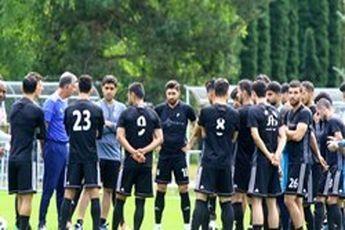 ملی پوشان بامداد فردا در تهران