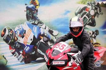 گفتوگو با دختر موتورسوار ایرانی؛ چالشها و هیجانها