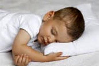 خواب آرام بدون خوابیدن کنار مادر