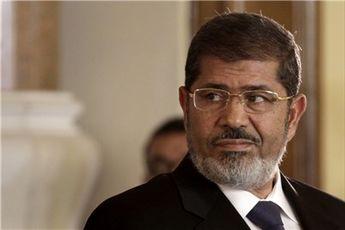 محمد مرسی از کاخ قبه خارج شد
