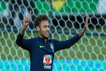 پزشک تیم ملی برزیل معتقد است که نیمار از برنامه ریکاوری اش جلوتر است.