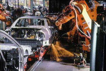 کدام خودروسازان بیشترین افت تولید را داشتهاند؟