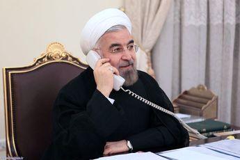 تماس تلفنی رئیس جمهور فرانسه با روحانی و تبریک به وی