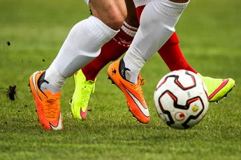 فوتبال هایی که نوروز ۹۶ از تلویزیون پخش میشود / بخش ۱